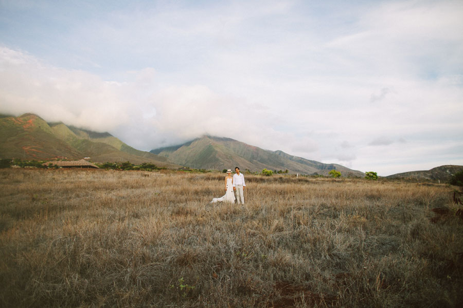 Japanese detination wedding photography in maui