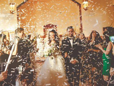 confetti at wedding
